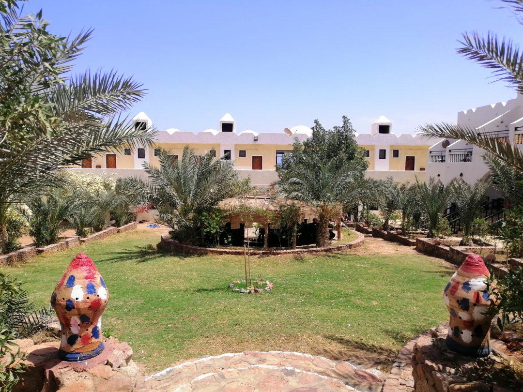 Bedouin Moon Hotel garden 1