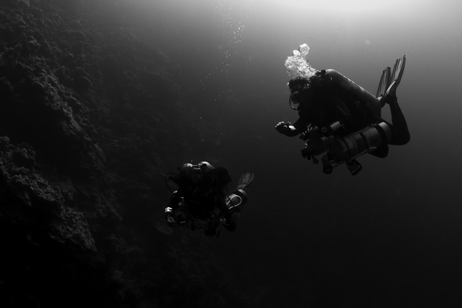 tec diving – Bells b&w